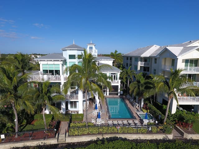 LUXURY RESORT STAY AT A FRACTION OF THE PRICE - Stuart - Barco