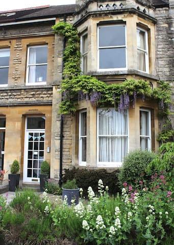 Homely accomodation in central Cirencester - Cirencester - Casa