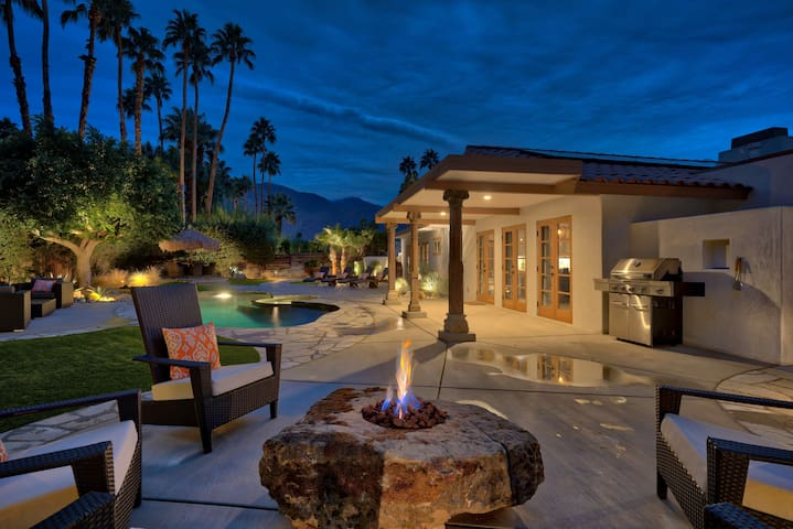 Private Desert Oasis - Luxurious & Modern - Palm Springs - Maison
