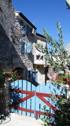 Restored Istrian stone house apt - Fažana - Appartement