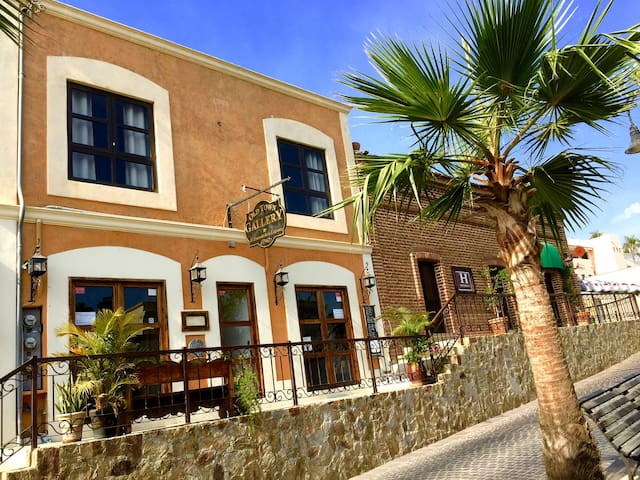 In Heart of Historic Art District.! (A) - San José del Cabo - Appartement