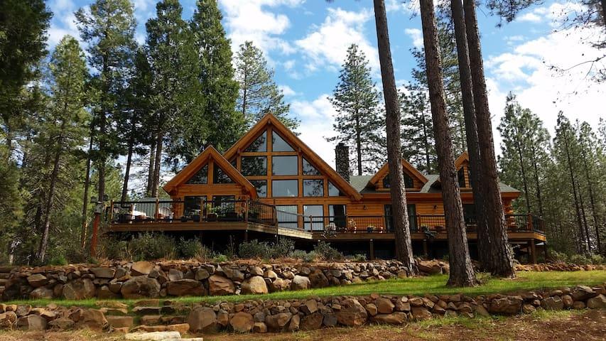 Lavender Log Home VRB0 - Forest Ranch - Casa