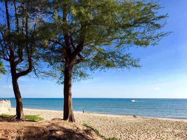 New beach front studio - Tambon Kram - Departamento