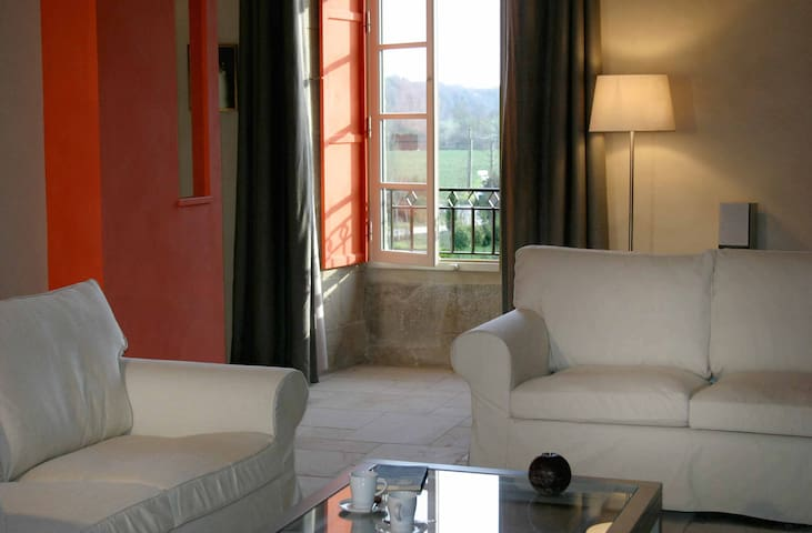 GREAT APPARTMENT IN A MANOR HOUSE - Corseul - Daire