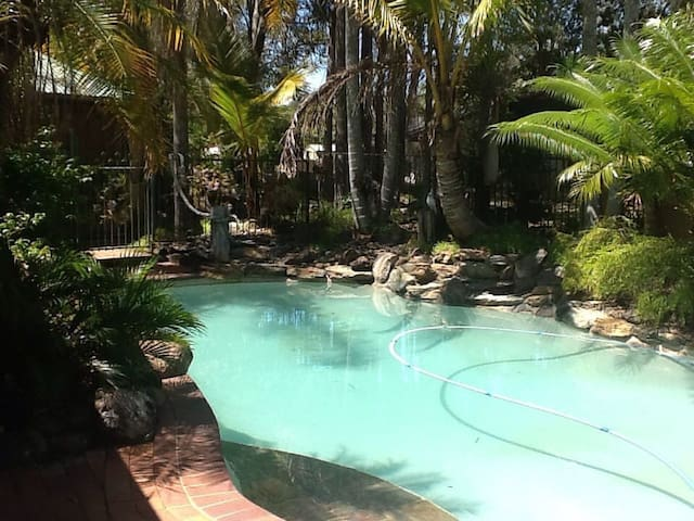 Resort Haven Without the Expense - Deception Bay