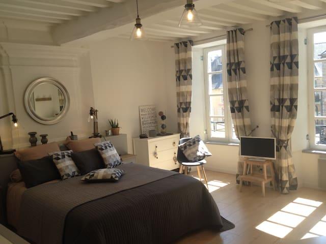 Appartement au pied de la Cathédrale - Bayeux - Apartemen