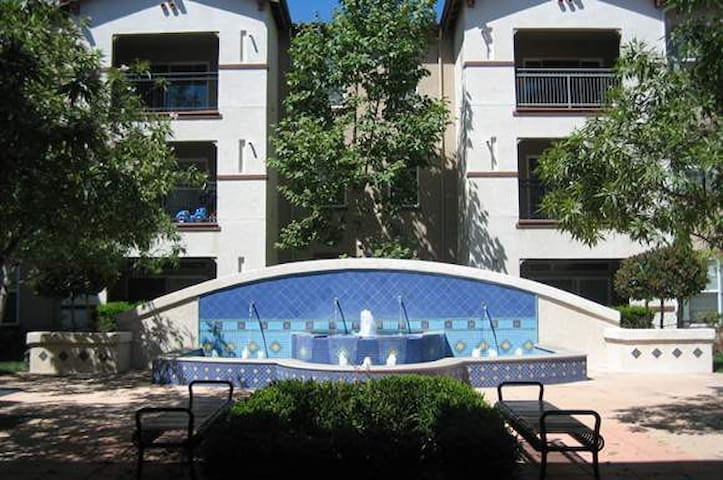 Thousand Oaks 1 bedroom fully furnished - Thousand Oaks - Appartement