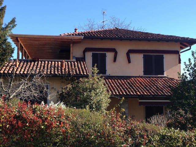 Lago Maggiore , Villa Primula - Gabbio-Cereda-Ramate - Villa