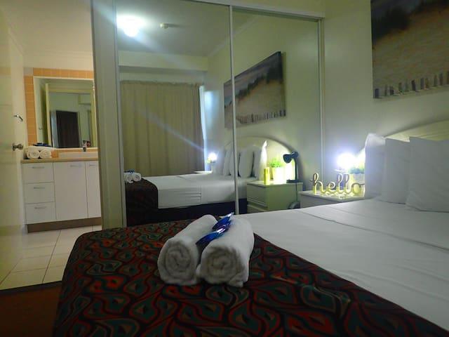 Family-friendly 2- bedroom Unit - Labrador - Appartement