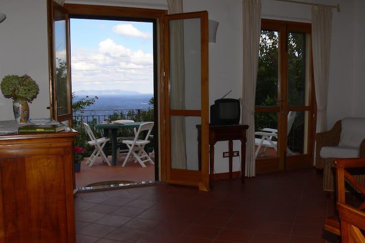 Casa all'Elba con vista del tramonto sulla Corsica - Zanca