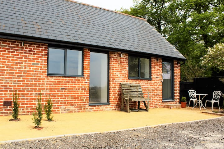 The Dairy is a romantic get a way for couples - Robertsbridge - Bungalow