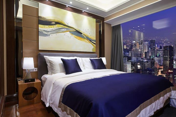 【云端套房】春熙路/太古里/天府广场/宽窄巷子/楼下四条地铁线 - Chengdu