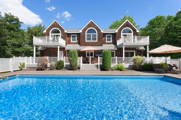 Perfect Hamptons House for a Private Getaway!! - East Quogue