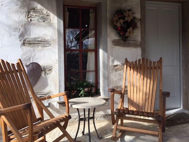 Haussegen Cottage - Fredericksburg - Bed & Breakfast