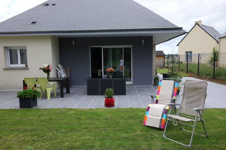 Agréable maison,rdc, entre Rennes, Dinan & St Malo - Trévérien - Bed & Breakfast
