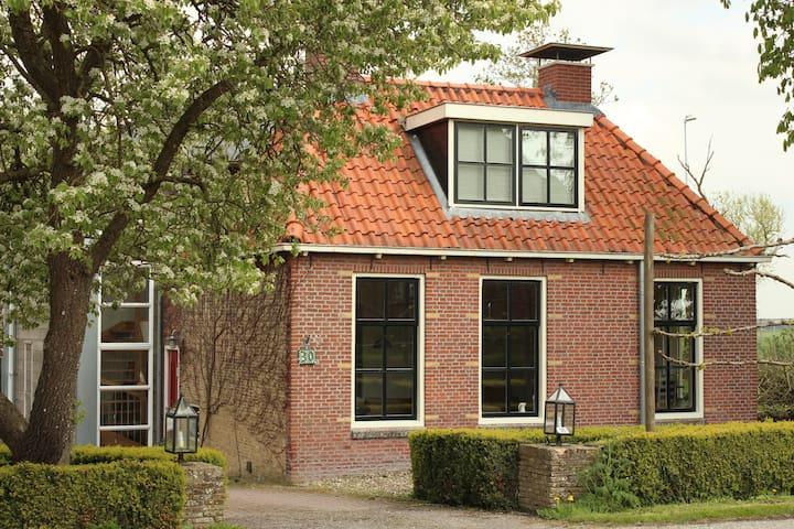 Cosy cottage near Leeuwarden - Jellum - Bed & Breakfast