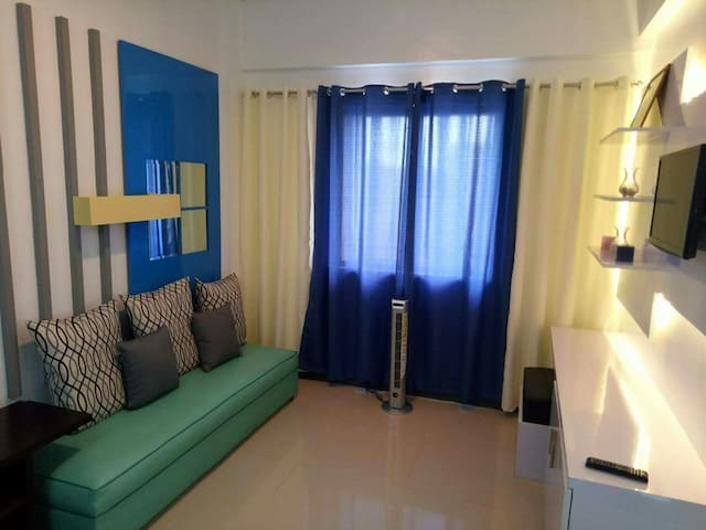 1 Bedroom Fully-Furnished Condo Across NAIA 3 - Pasay - Daire