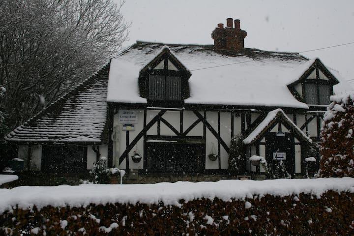 Warren Cottage 17th Century Accommodation - Willesborough - Casa
