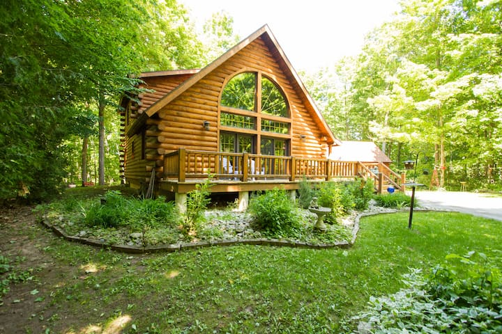 Awesome Log Home, Door Co, WI - Sturgeon Bay