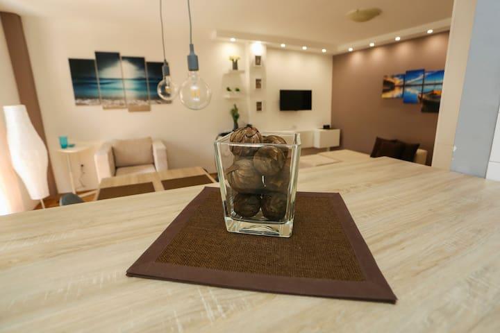 Modern apartment 50m2 & Free parking - Novi Sad - Appartement