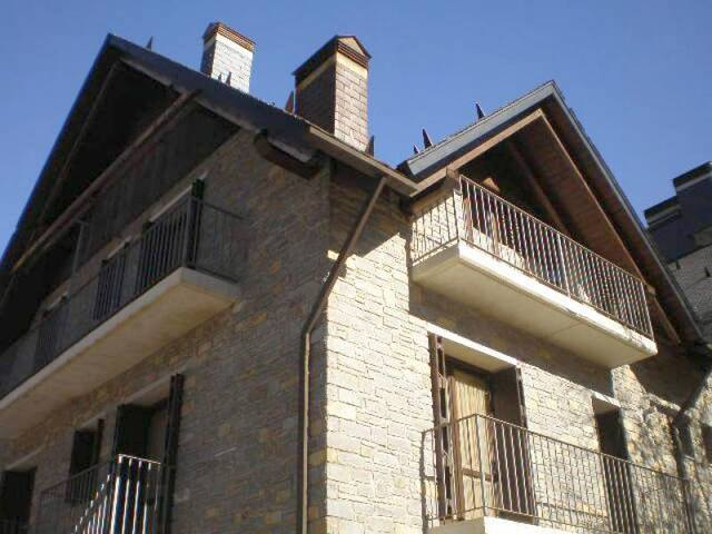 Cozy Duplex Appartment in Sesué for 6 persons - Sesué - Daire
