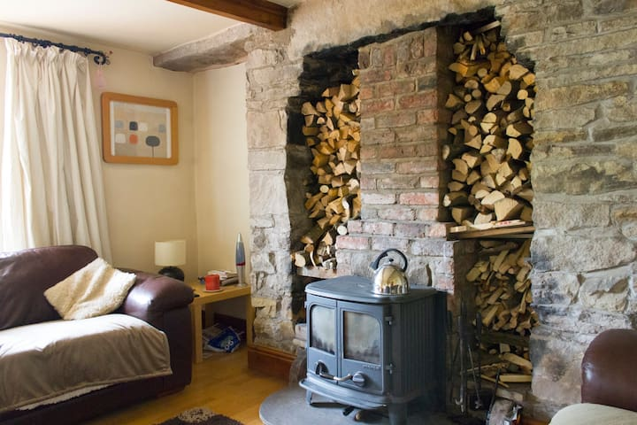 Rural cottage 30mins to Manchester - Charlesworth - Дом