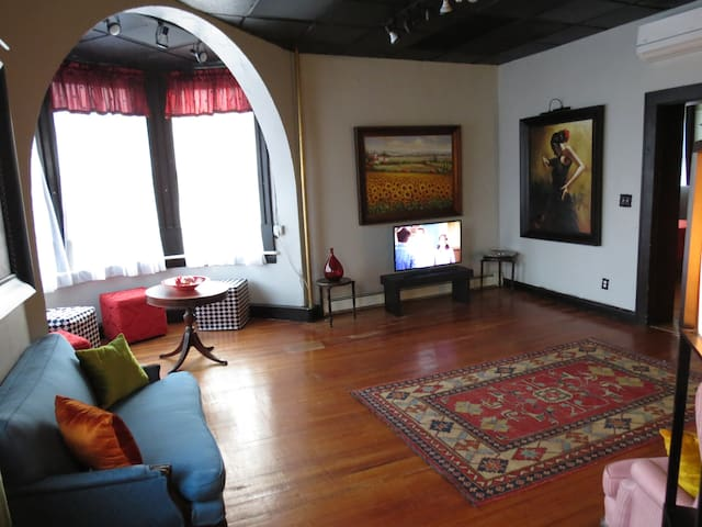 Private Luxury Apartment - Westfield - Daire