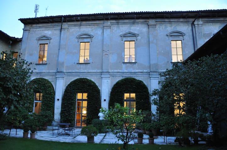 Apartment dans un monastere: Marta - Soresina