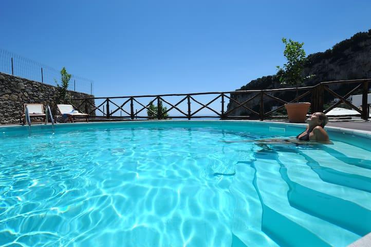 Panoramic villa with swimming pool - Amalfi - Huis