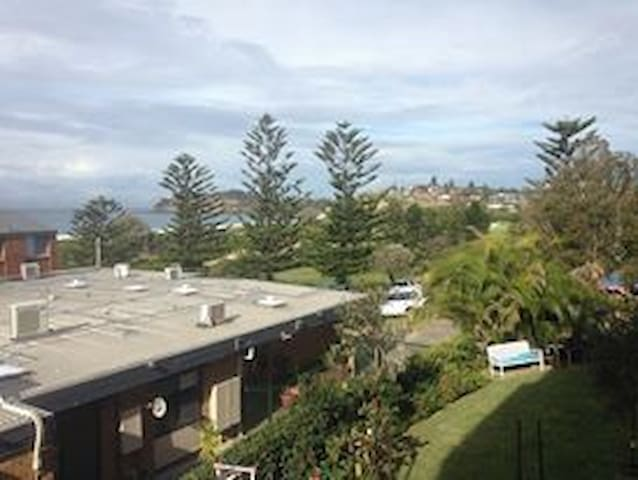 Room Right on Mona Vale Beach - Mona Vale