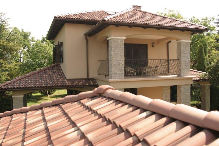 Mediterranean style Villa Zamárdi - Zamárdi - Casa
