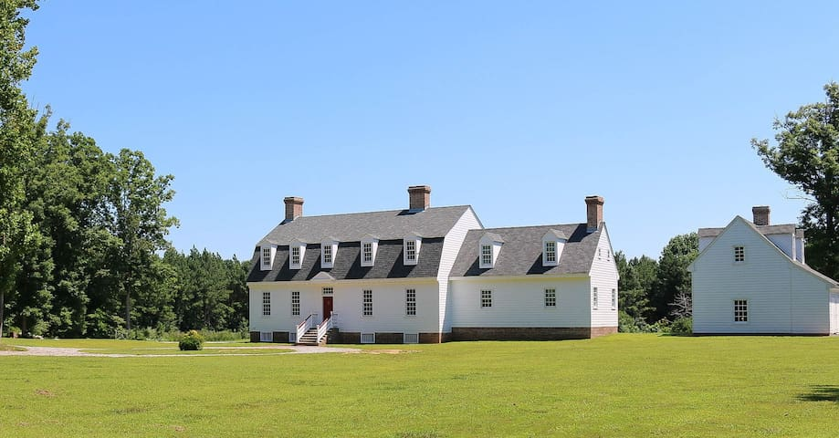 Gracefield Hall B&B Getaway - Providence Forge - Bed & Breakfast