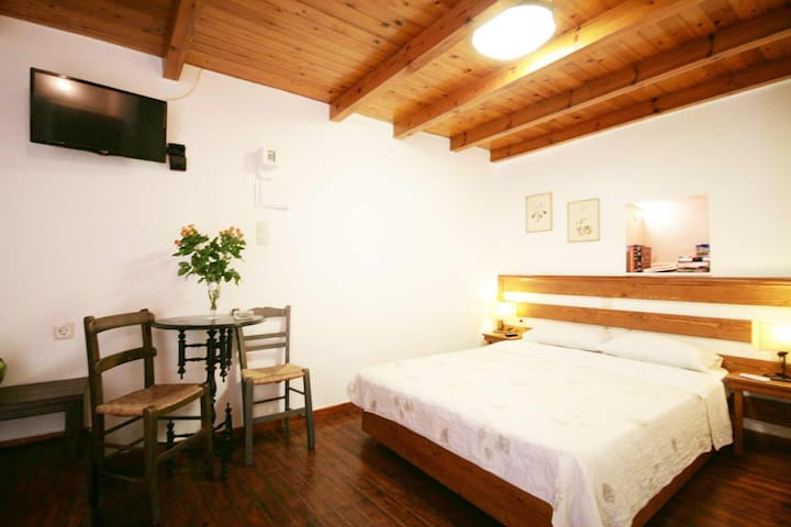 Unique room in Chania old town - Chania - Bed & Breakfast
