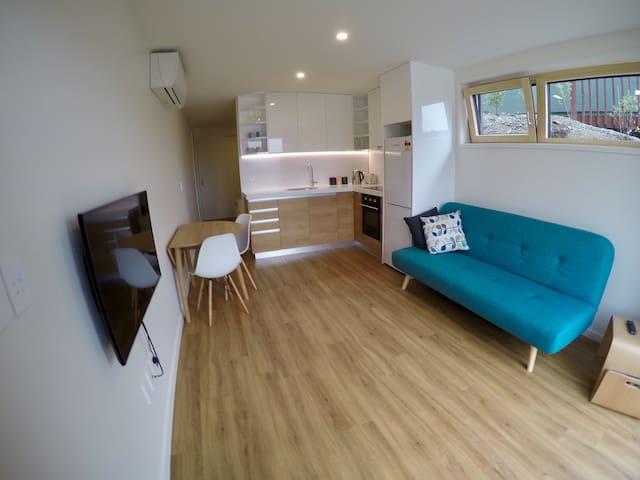 Modern & Energy Efficient Studio - Queenstown