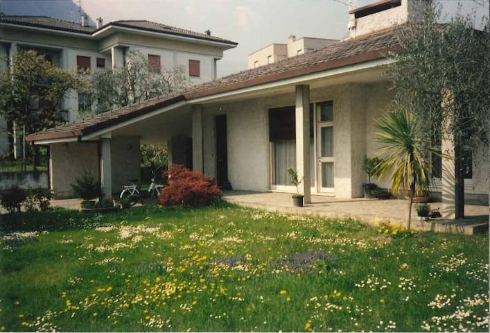 Peaceful villa with garden - Riva del Garda - Villa