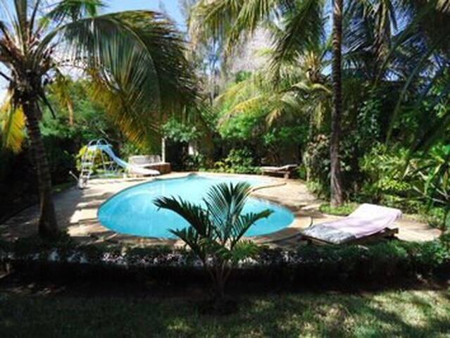 Diani Beach cottages, holiday villas Diani Beach - Diani Beach - House