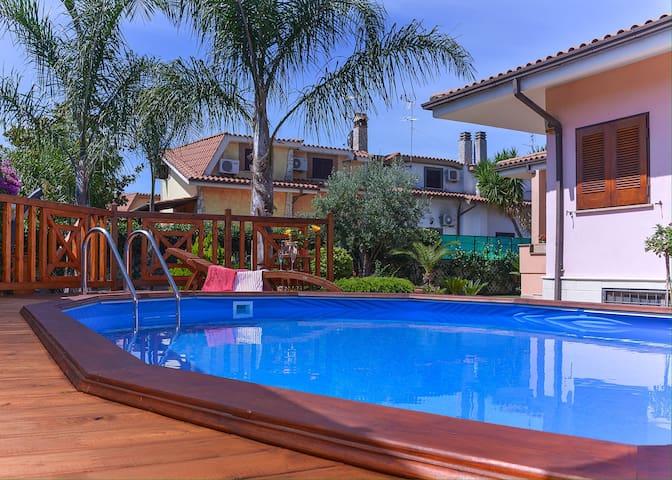 Villa esclusiva con pool privata - ラジスポリ - 別荘