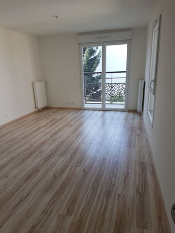 Easy access Paris and Orly airport . Studio - Athis-Mons - Leilighet