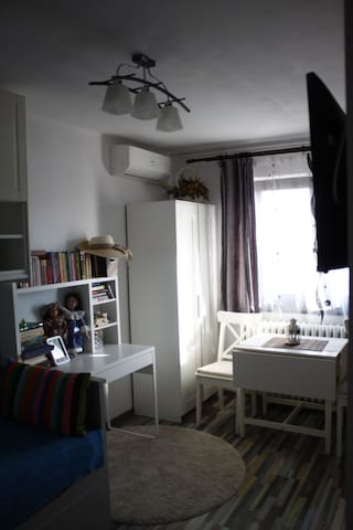 My cosy home, 8 min away from metro station - București - Lägenhet