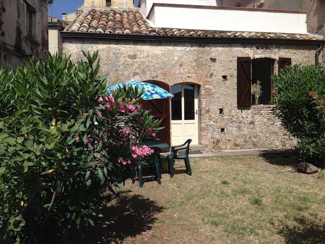 Unique apartment near Ionian Sea   - Gagliato - Appartement