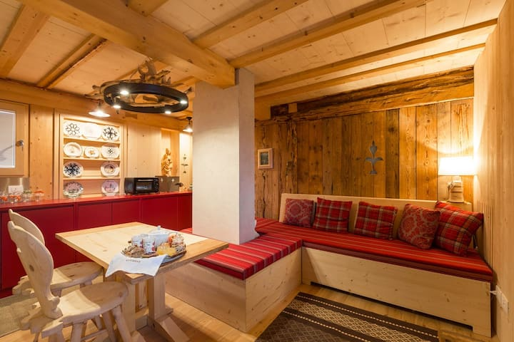 Apartment with sauna and view on Dolomites - Canale D'Agordo - Lägenhet