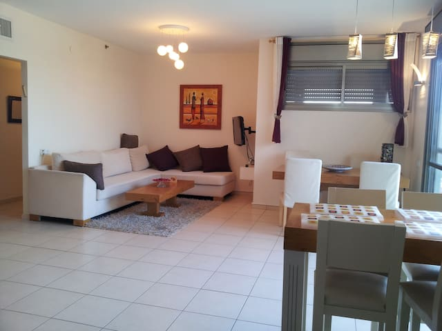 Beautiful, fully furnished apartment in Ramat Gan. - Ramat Gan - Appartement en résidence