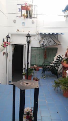 Habitacion en casa en zona de turismo rural - Estepa - Casa