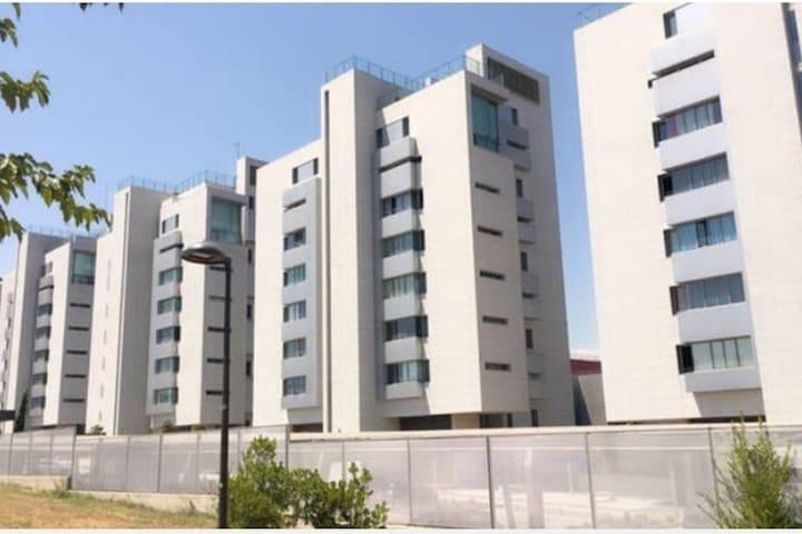 Studio Apartment in San Sebastian De Los Reyes - サン·セバスティアン·デ·ロス·レイエス - アパート