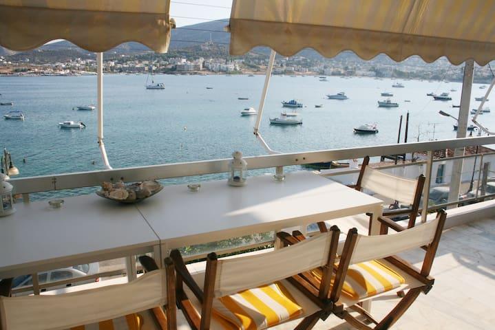 Bright apartment on the beach & close to Airport - Porto Rafti - Pis