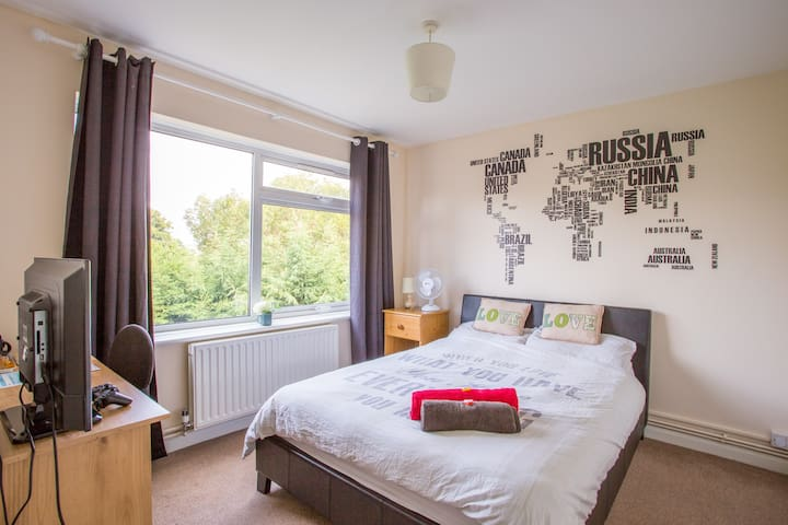 Lovely Apartment near Gatwick and London - Redhill - Apartemen