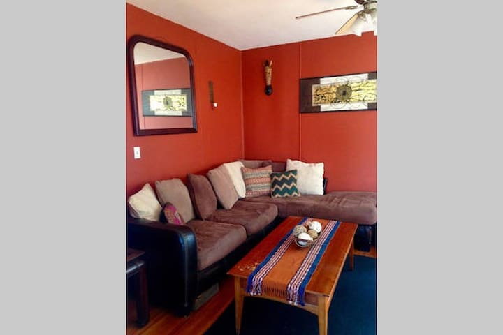 One Bedroom Apt in Black Rock - Bridgeport - Departamento