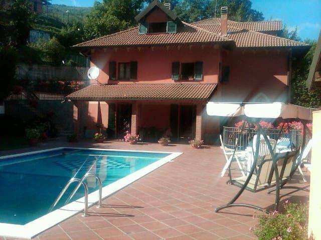 Appartamento in villa nelle verdi colline Genovesi - Savignone - Villa