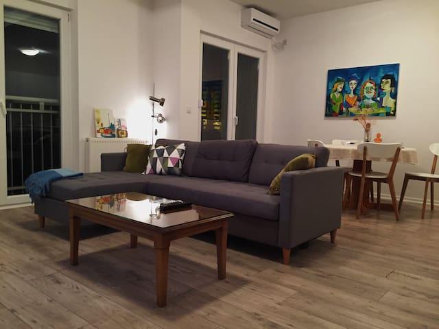 Modern, sunny Downtown apartment - Prishtina - 公寓