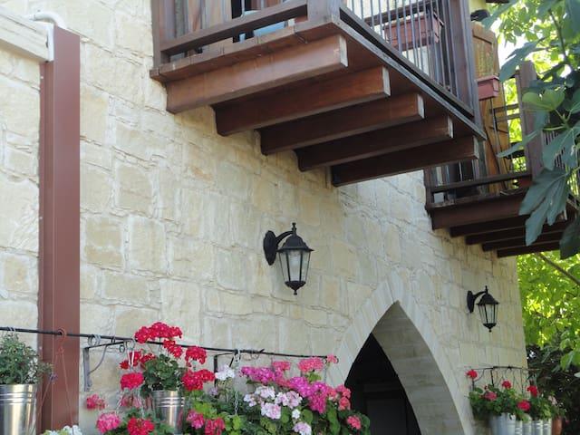 Arsos Traditional Accommodation  - Arsos - Hus